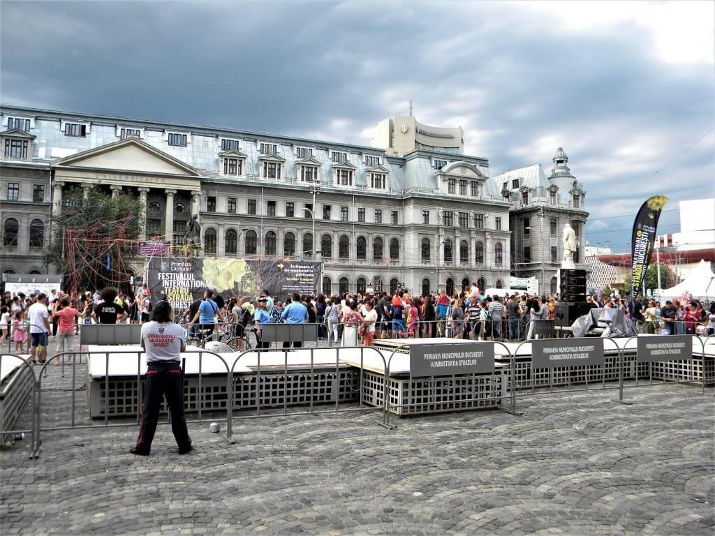 square in bucfarest romania